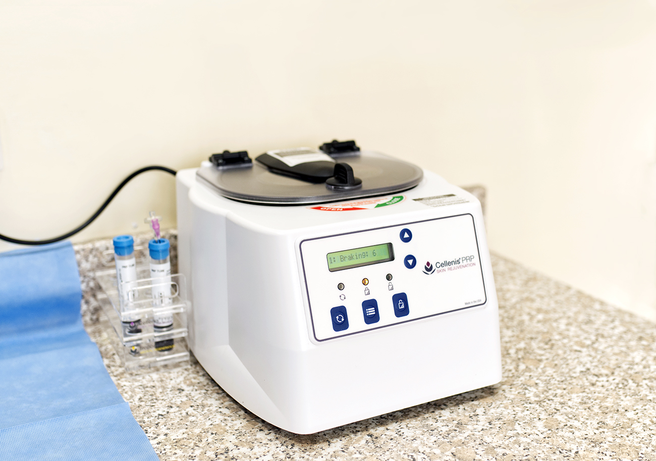 Cellenis Centrifuge PRP at The Maitland Clinic